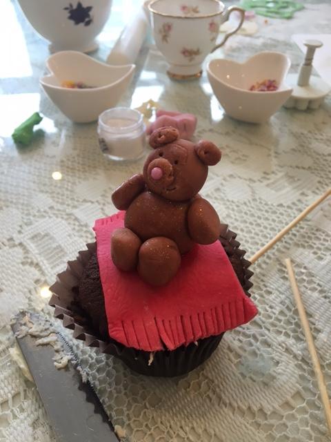 Cupcake Decorating Ideas For High Tea : Cupcake Decorating & Afternoon Tea